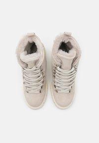 Mis Pepas - Lace-up ankle boots - hielo - 5