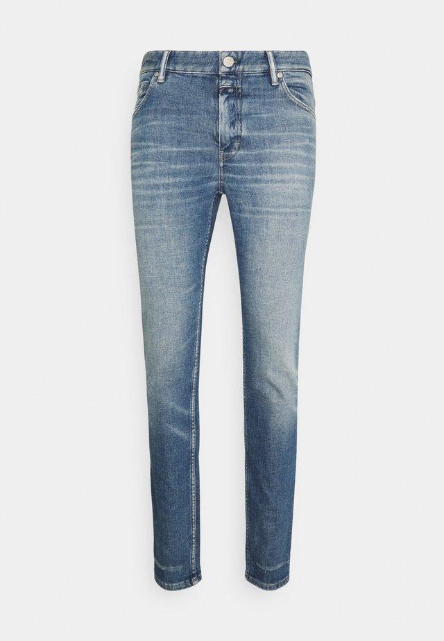 DROP CROPPED - Slim fit jeans - mid blue