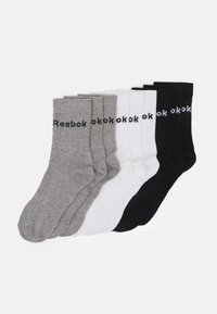 black/white/medium grey heather