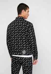 Calvin Klein Jeans - OMEGA JACKET - Džínová bunda - washed black - 2