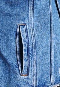 Tommy Jeans Curve - Džínová bunda - denim light - 3