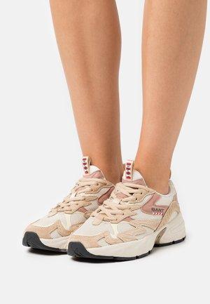 MARDII - Sneakers - beige/earth