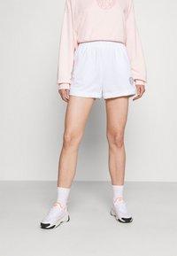 Nike Sportswear - FEMME - Shorts - white/smoke grey - 0