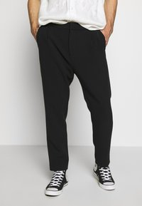 Weekday - MARD TROUSERS - Stoffhose - black - 0