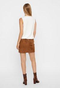 Vero Moda - VMDONNA DINA - Pencil skirt - cognac - 2