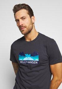 Helly Hansen - NORD GRAPHIC  - Print T-shirt - ebony - 3