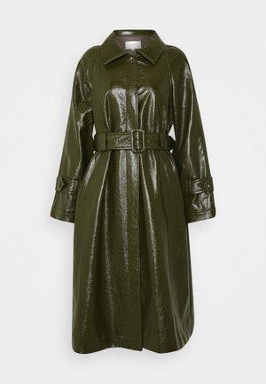 TORI PANTENT COAT - Classic coat - army
