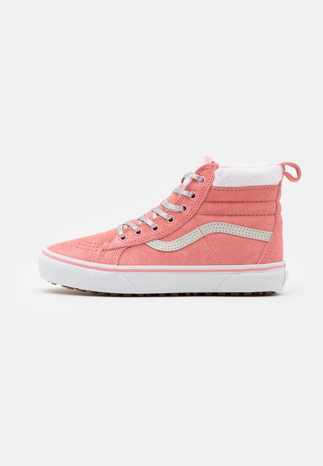 SK8 MTE - High-top trainers - flamingo pink