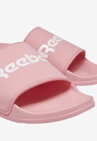 Reebok Classic - REEBOK CLASSIC SLIDE - Mules - pink - 2