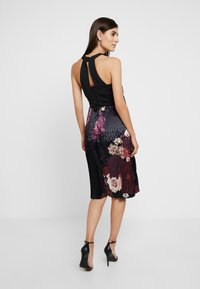 Chi Chi London Maternity - ARDEN DRESS - Robe d'été - black - 2