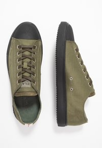Clae - HERBIE - Trainers - hiking green - 1