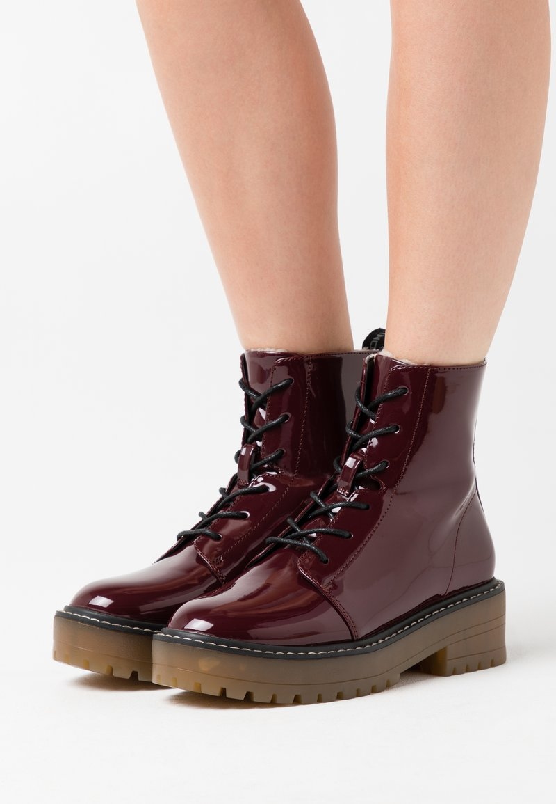 ONLY SHOES - ONLBRANDY LACE UP WINTER BOOT - Platform ankle boots - burgundy