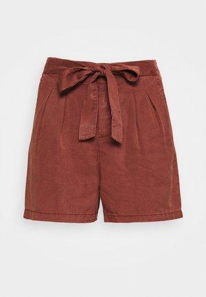 VMMIA LOOSE SUMMER - Shorts - sable