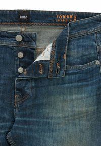 BOSS - Jeans Tapered Fit - dark blue - 4