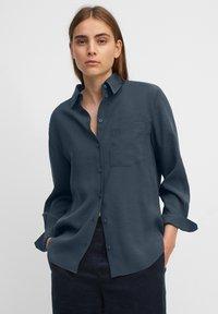 Marc O'Polo - Button-down blouse - breezy sea - 0