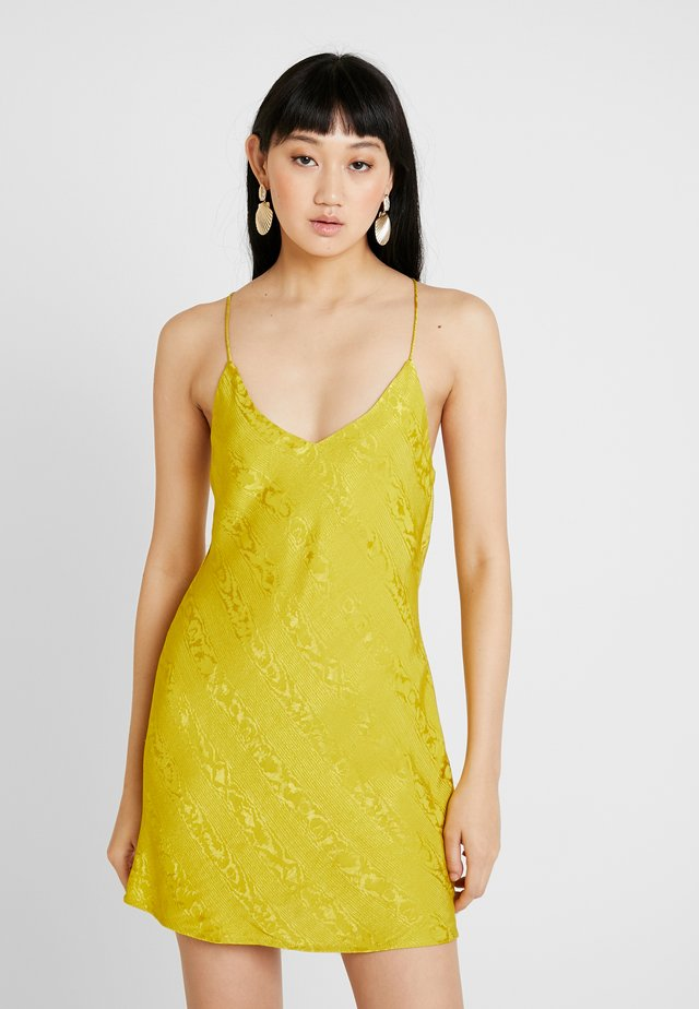 SLIP - Day dress - chartruse