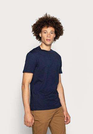 AARHUS - Basic T-shirt - navy blazer