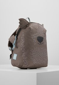 Lässig - BACKPACK ABOUT FRIENDS CALI WOMBAT - Batoh - brown - 4