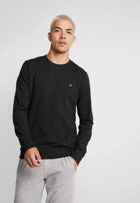 Jack & Jones - JORBASIC CREW NECK 2 PACK - Sweatshirt - black