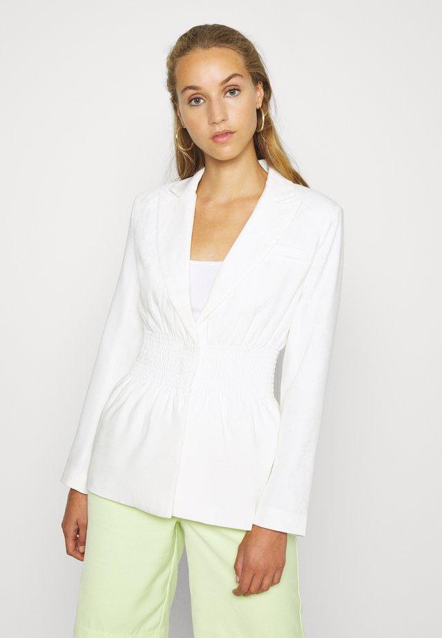 SIENNA BLAZER - Blazer - white