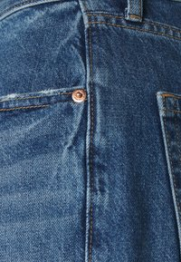 GAP - BARREL BURFORD - Relaxed fit jeans - medium indigo - 2