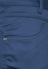 Street One - CASUAL FIT  - Shorts - blau - 4