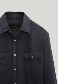 Massimo Dutti - MIT DOPPELTEN TASCHEN - Shirt - blue-black denim - 3