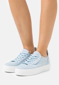 Kennel + Schmenger - BIG - Sneakers laag - baby blue - 0