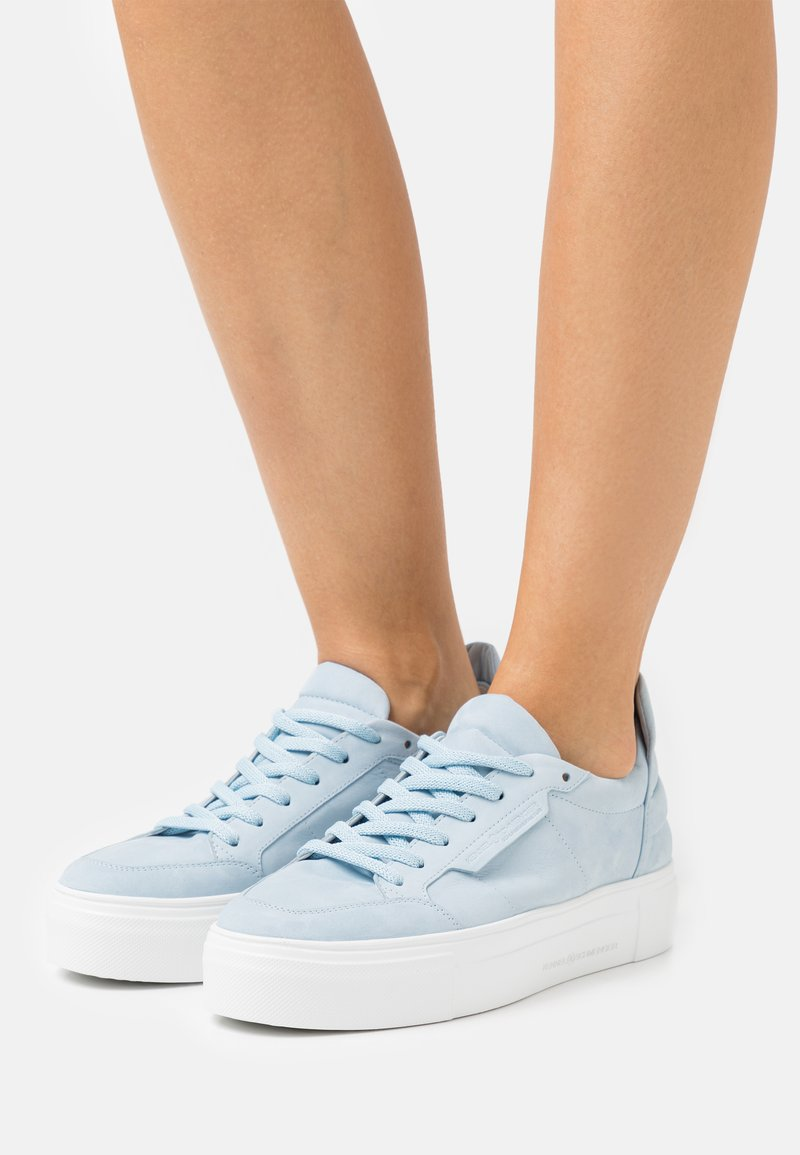 Kennel + Schmenger - BIG - Sneakers laag - baby blue