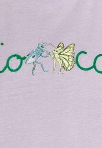 Fiorucci - DANCING BUGS TEE FOXGLOVE - Print T-shirt - lilac - 5