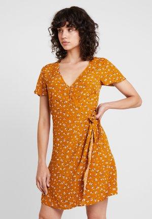 CORTO CRUZADO - Day dress - browns