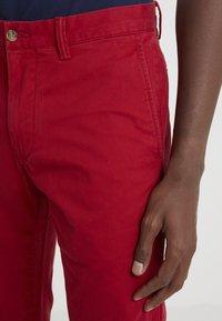 Polo Ralph Lauren - SLIM FIT BEDFORD PANT - Spodnie materiałowe - pioneer red - 4