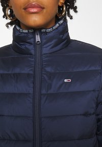 Tommy Jeans - QUILTED ZIP THROUGH - Jas - twilight navy - 5