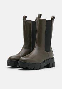 RAID - ELLERY - Platåstøvler - khaki - 2