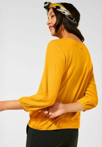 Street One - MIT PUFF - Long sleeved top - gelb - 1