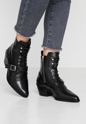 KATY - Veterboots - black