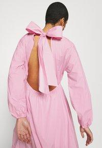 Résumé - DOMO DRESS - Maxi dress - pink - 4