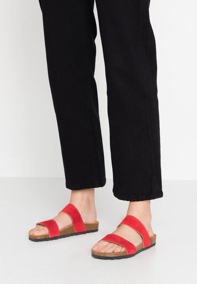 BIABETRICIA TWIN STRAP - Slippers - red
