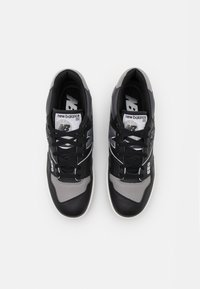 New Balance - 550 UNISEX - Sneakers - black/grey - 3