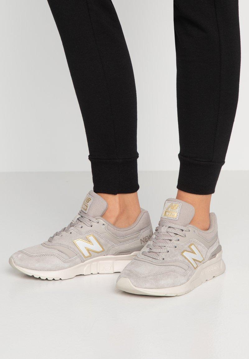 New Balance - Sneakers - grey