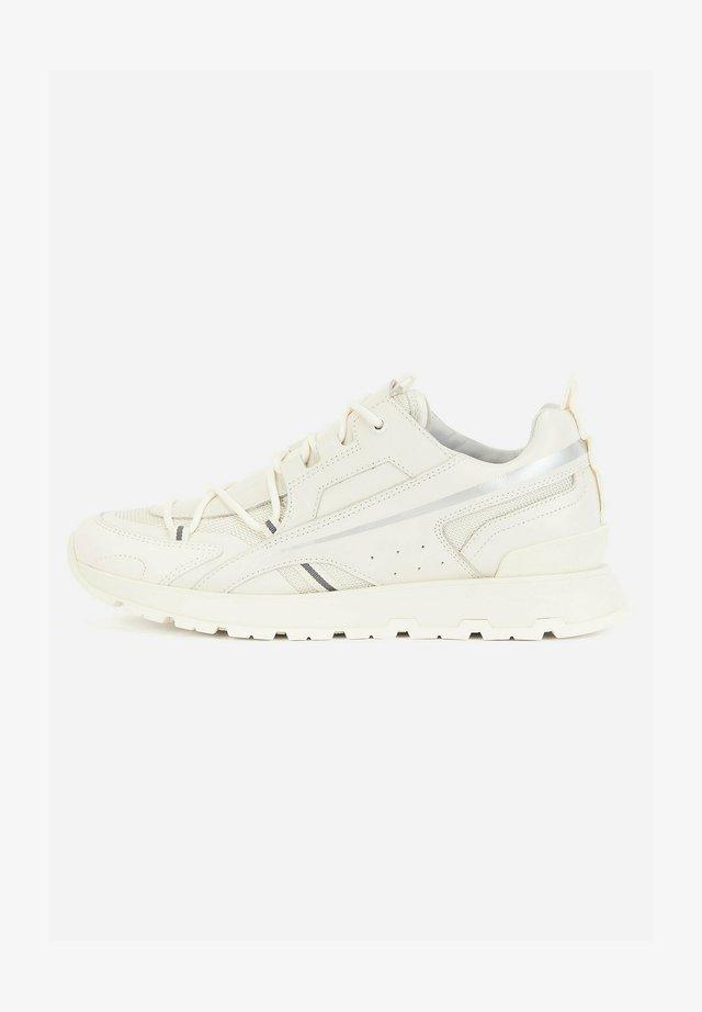ARIGON_RUNN_MFS - Sneakers laag - natural