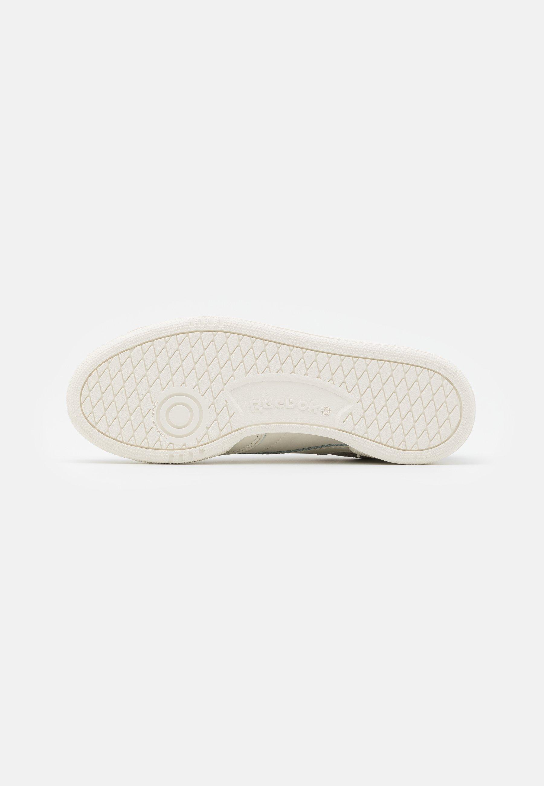 2020 New Get Online Women's Shoes Reebok Classic CLUB C 85 Trainers alabaster/maroon/chalk tYfCCechX G3WFy0cc7