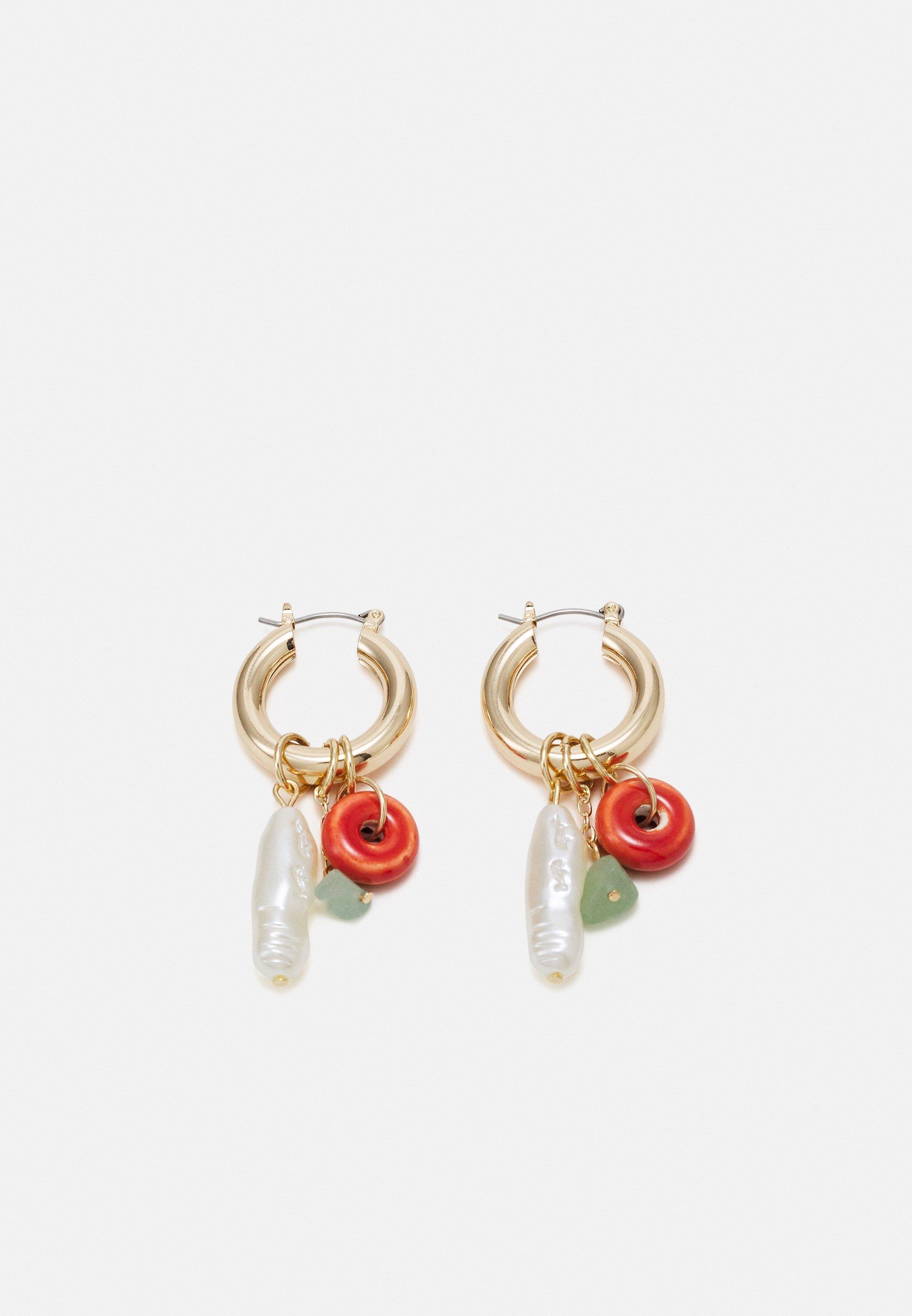 Women MINI BRASS HOOP WITH CHARMS - Earrings