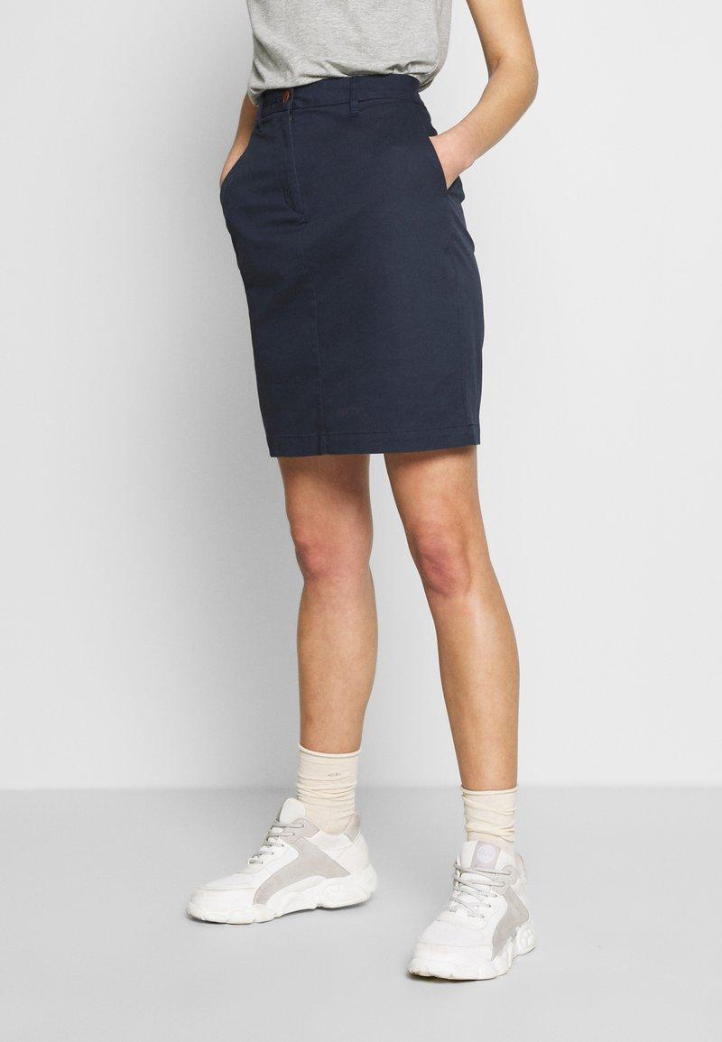 GANT - CLASSIC CHINO SKIRT - Pencil skirt - marine