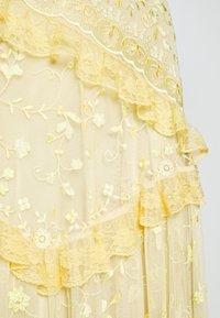 Needle & Thread - EARTH GARDEN GOWN - Společenské šaty - daffodil - 7