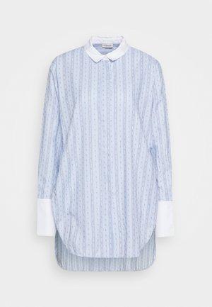 EAUBONNE - Button-down blouse - chambray blue