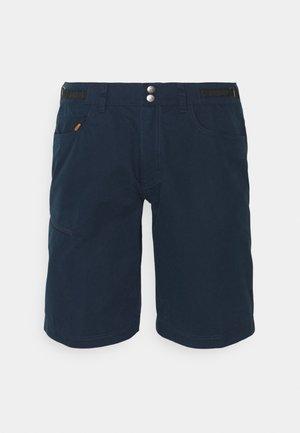 SVALBARD MID SHORTS - Sports shorts - indigo night