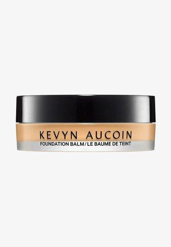 KEVYN AUCOIN FOUNDATION THE FOUNDATION BALM - LIGHT FB 4.5 - Foundation - -