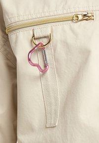 myMo - UTILITY - Light jacket - creme - 4