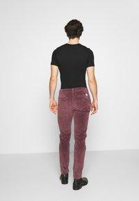 Levi's® - STD II - Spodnie materiałowe - sassafras - 2